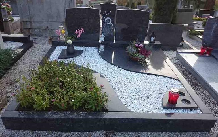 Spomenik-granit-13-768x481