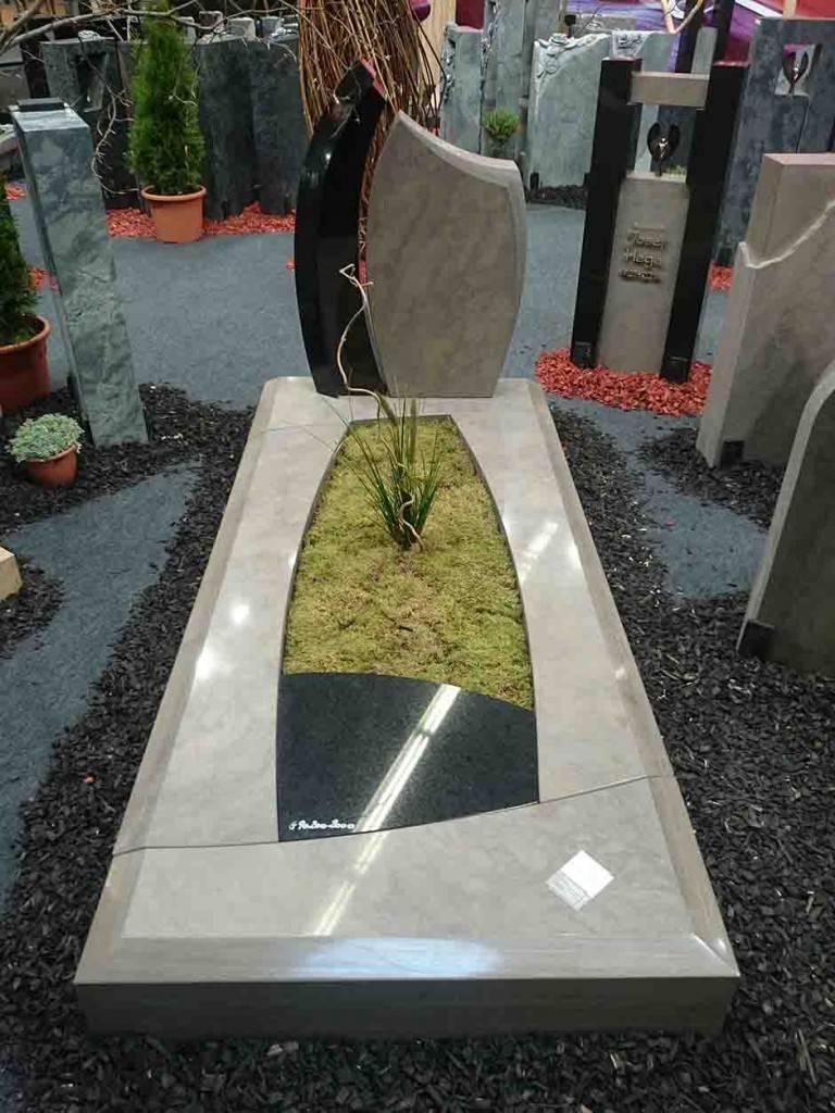Spomenik-granit-23-768x1024