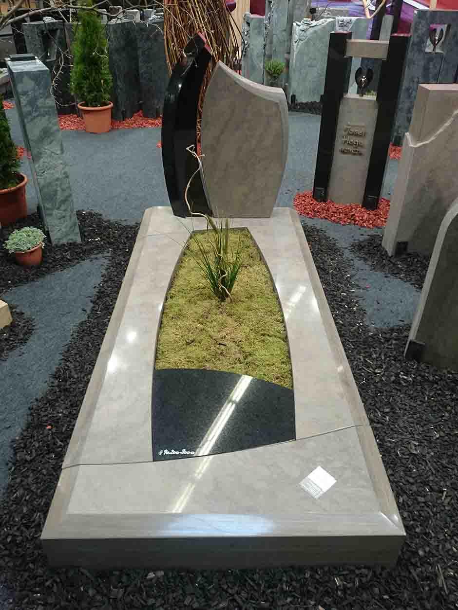 Spomenik-granit-23