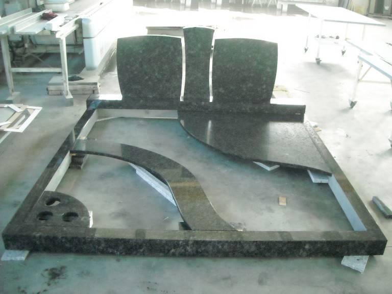 Spomenik-granit-24-768x576
