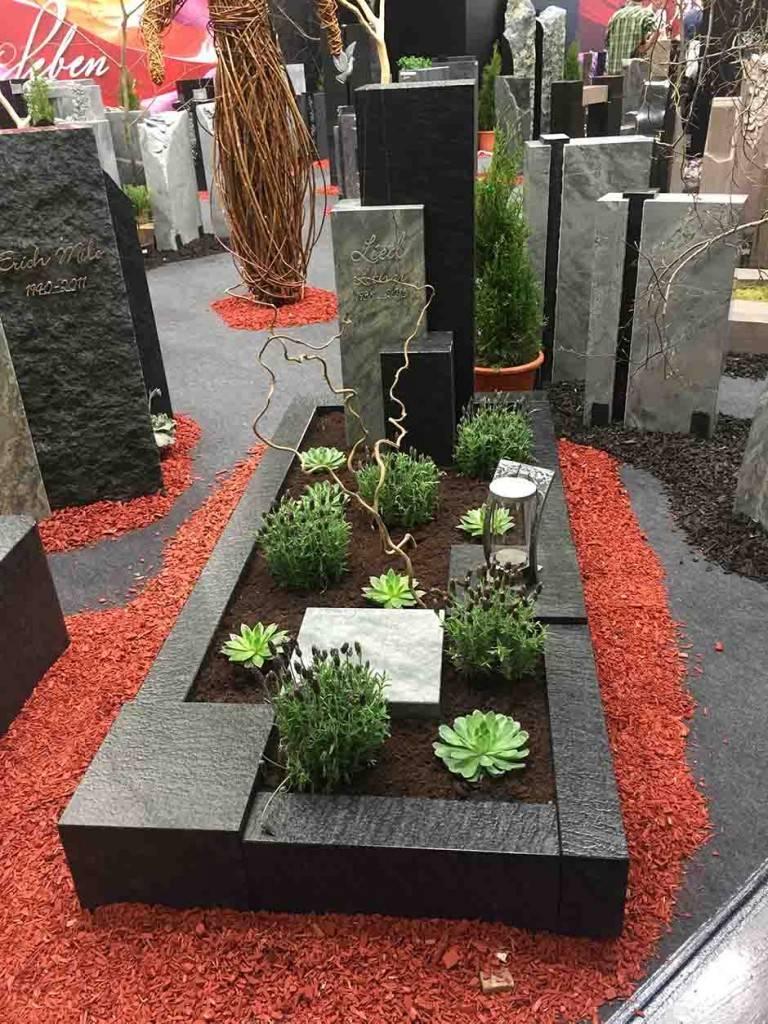 Spomenik-granit-33-768x1024
