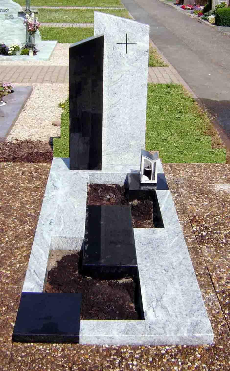 Spomenik-granit-9