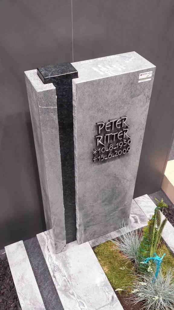 Spomenik-marmor-apnenec-10-576x1024