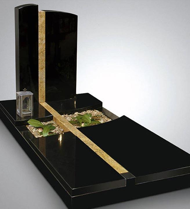 Črno-zlati nagrobni spomenik