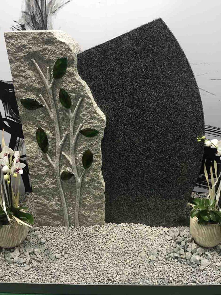 Dvobarvni nagrobni spomenik iz granita