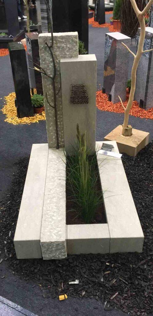 Granit nagrobni spomenik bel