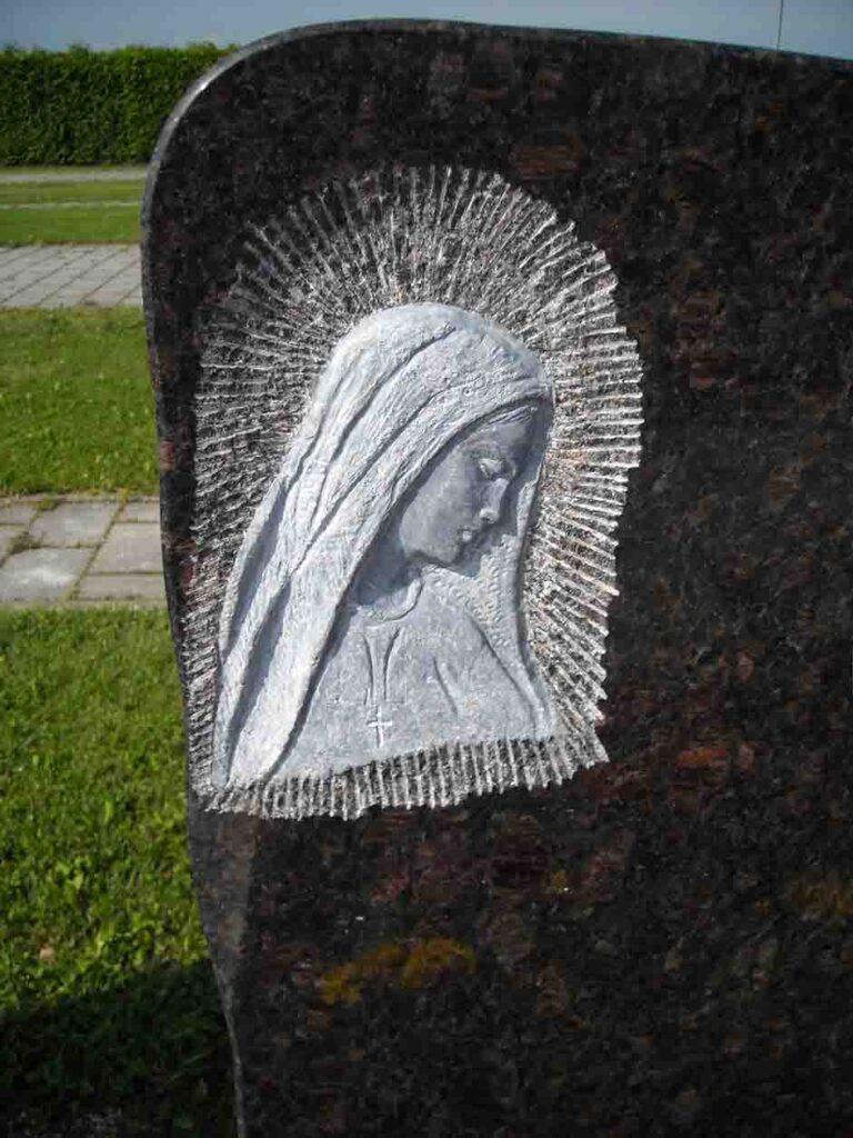 Gravura v naravni kamen Granit