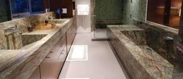 Kamniti umivalnik za kopalnico