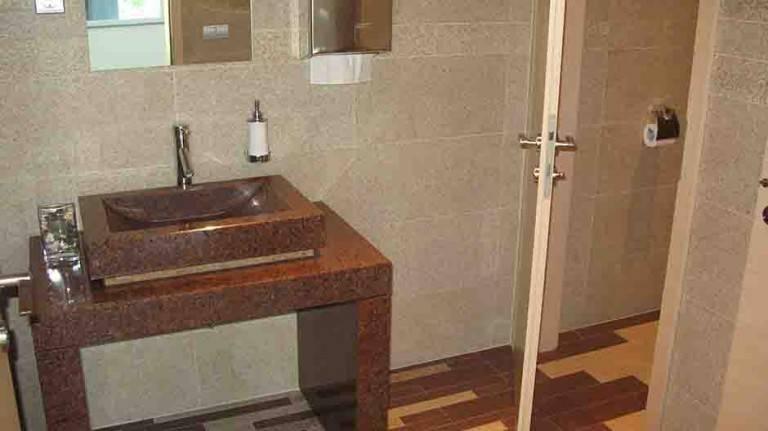 Kopalniški pult in umivalnik Granit