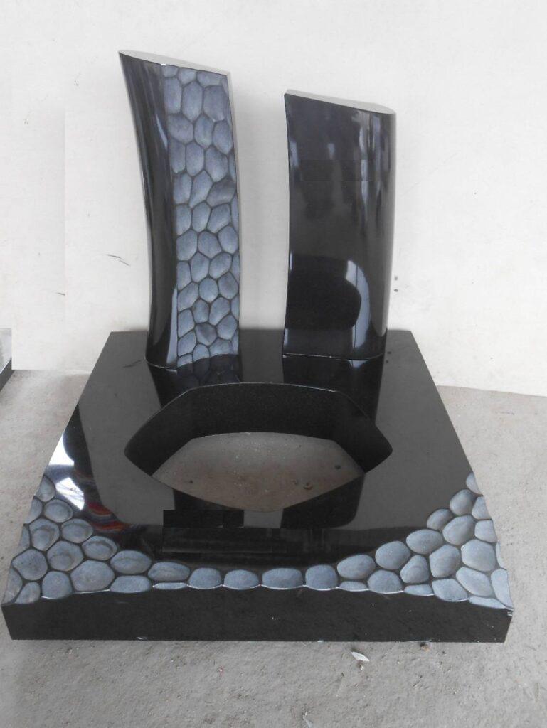 Moderen manjši spomenik Granit