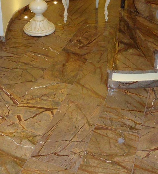 Notranji tlaki in stopnice Marmor Rainforest Brown
