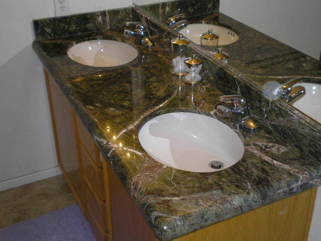 Vzorčast Marmorni kopalniški pult